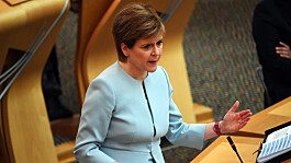 Covid: Andy Burnham accuses Sturgeon of 'hypocrisy' over North West travel ban