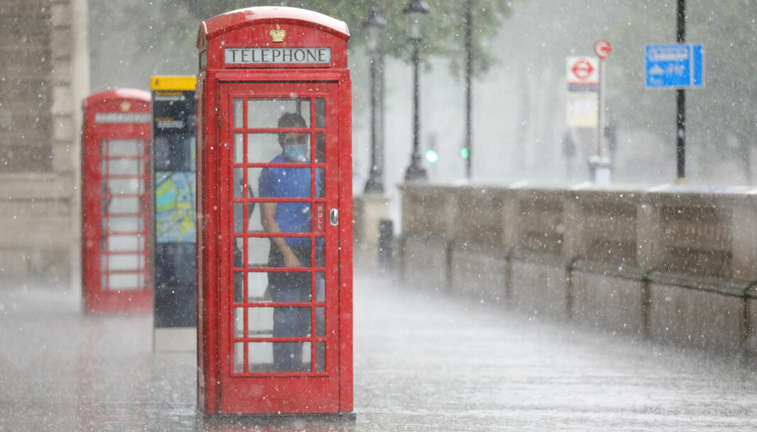 London is forecast to have rain showers over the next few days, according to the Met Office.