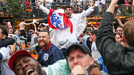 Euro 2020: England fans to buy more than 50,000 pints a minute during semi-final against Denmark