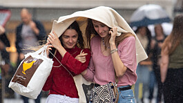 UK weather: Scattered showers with top temperatures of 23C