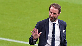 Euro 2020: England take on Italy as Queen and prime minister wish Three Lions well