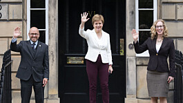 Sturgeon insists mandate for indyref2 is 'undeniable' after deal with Greens