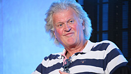 Wetherspoons boss says beer shortage is due to industrial action and driver shortages, not Brexit