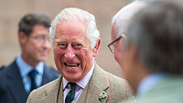 Prince Charles: Trusted former royal aide steps down from charity role amid allegations
