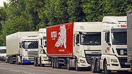 Government relaxes HGV test rules to tackle driver shortages