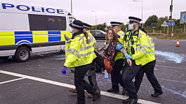 M25 protests: Insulate Britain 'tactics' are 'completely wrong' - Sadiq Khan