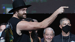 Tyson Fury v Deontay Wilder III: Verbal jabs exchanged as heavyweight giants weigh-in