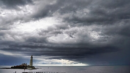 UK Weather: Dry but cloudy across the country, some bright spells in the south east
