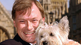 Sir David Amess: Police data shows increase in crimes against MPs