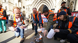 Insulate Britain: More than 100 climate change protesters likely to face trial