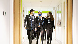Scotland: Secondary pupils to continue wearing face coverings in class