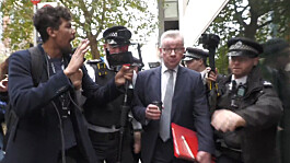 Gove confronted by anti-lockdown protesters in Westminster