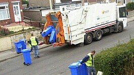 Sheffield bin collectors vote to strike over pay and conditions