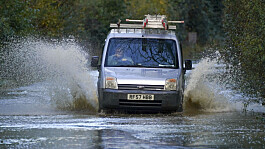 Storm Aurore: Flood warnings issued and Thames Barrier closed in wake of bad weather